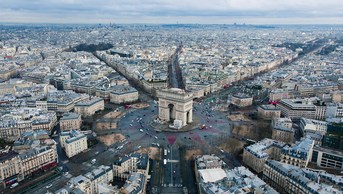 France stakes on mandatory B2B electronic invoicing from 2023